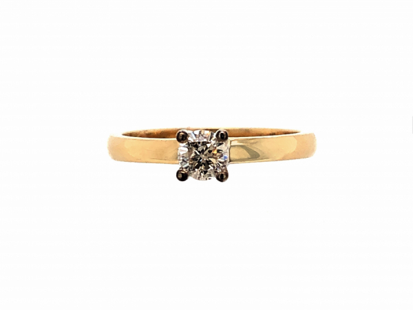 14 KARAT YELLOW GOLD DIAMOND ENGAGEMENT RING by The Hunt House Custom Jewellery